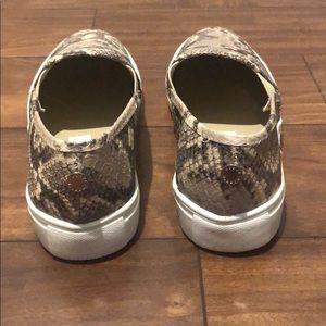 Steve Madden Shoes - Size 6 snake print slip on sneakers